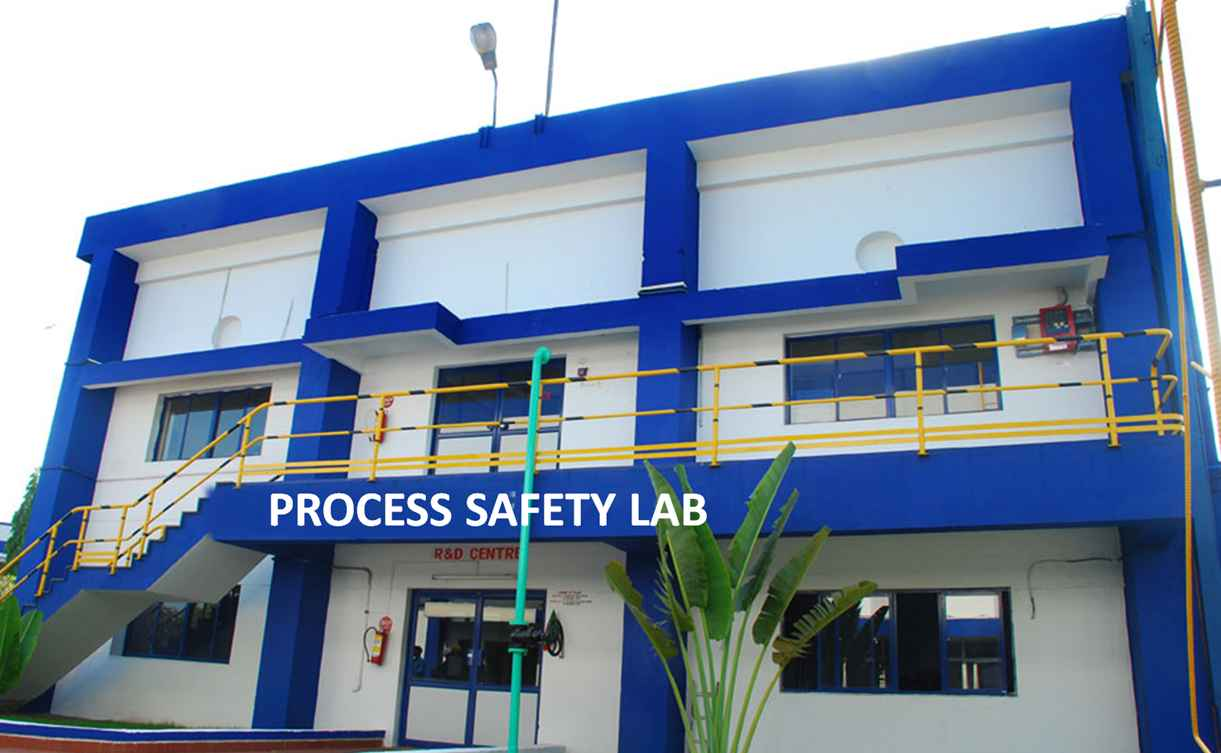 Pharma-Company-Process-Safety-Lab